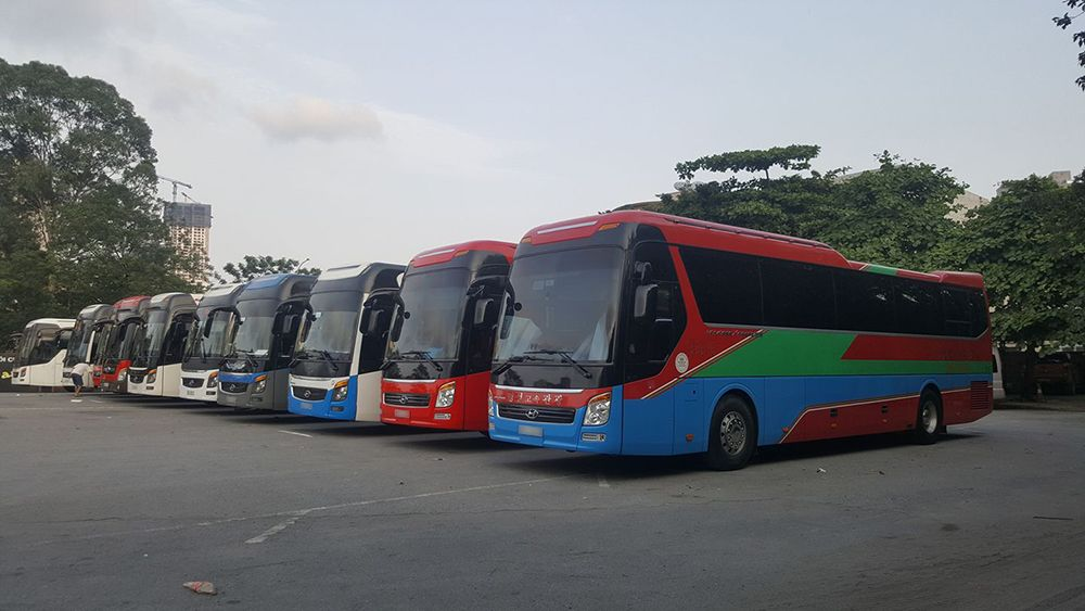 cho thuê xe du lịch ở Tân An
