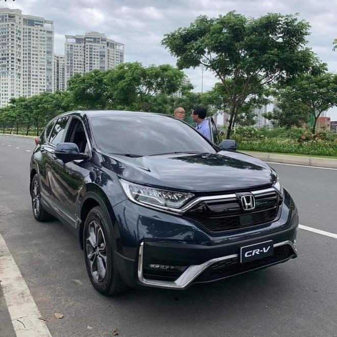 thuê xe Honda CRV 7 chỗ tự lái