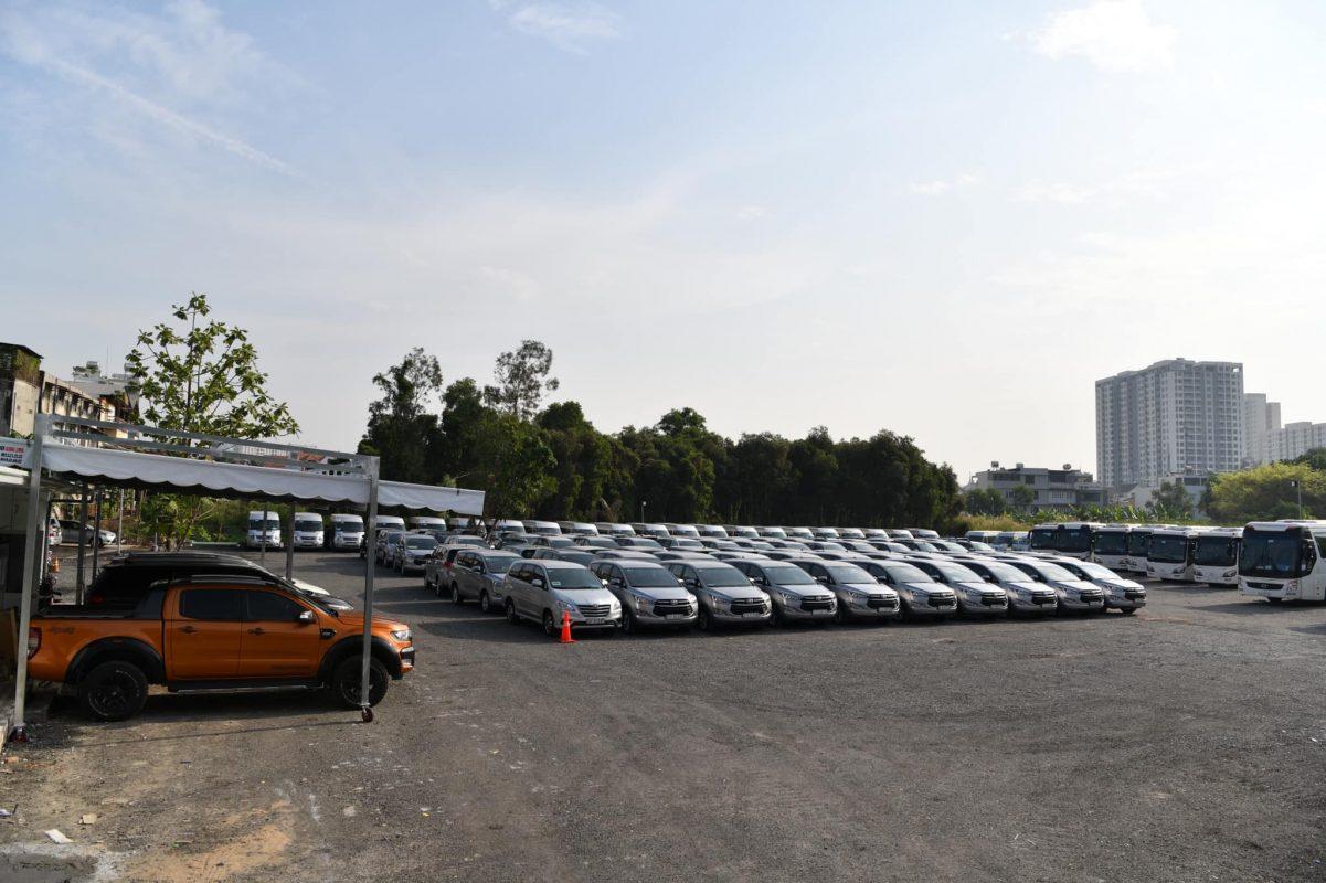 thuê xe du lịch ở Bình Thạnh