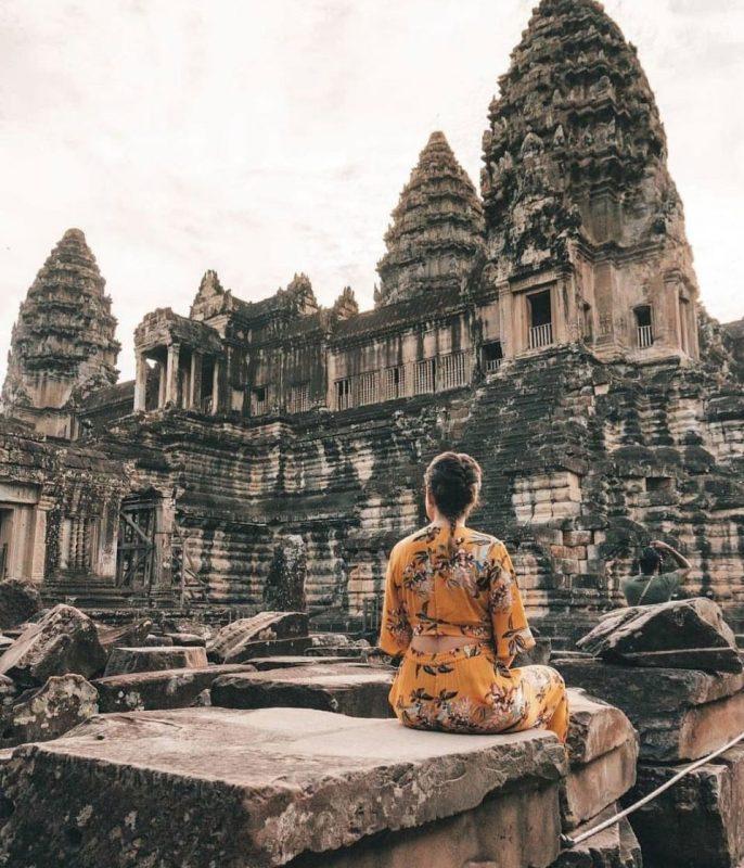 thuê xe du lịch đi Campuchia