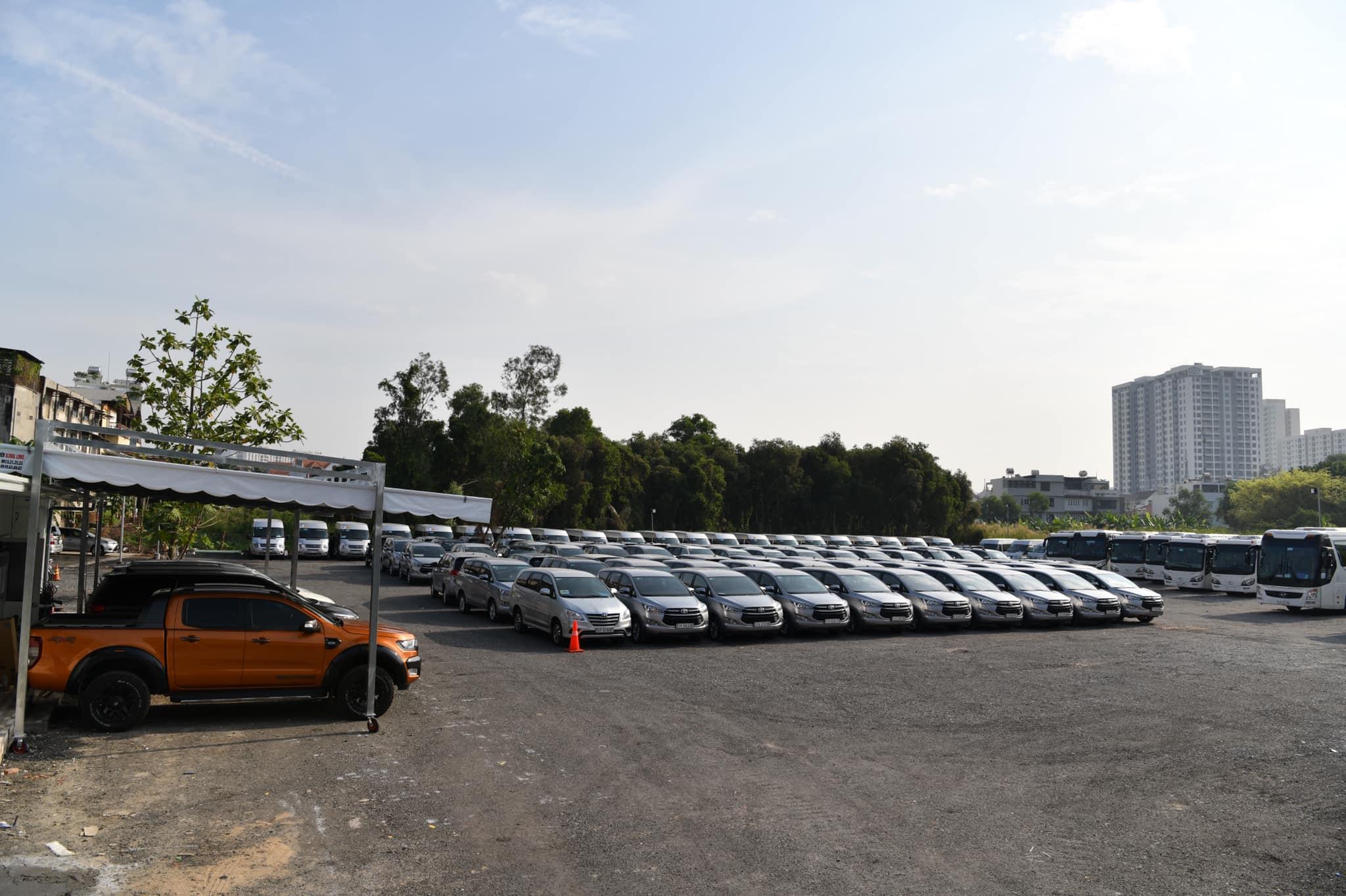 Bãi xe công ty Xe Miền Nam