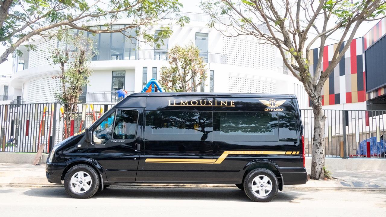 thuê xe limousine 9 chỗ đi nha trang